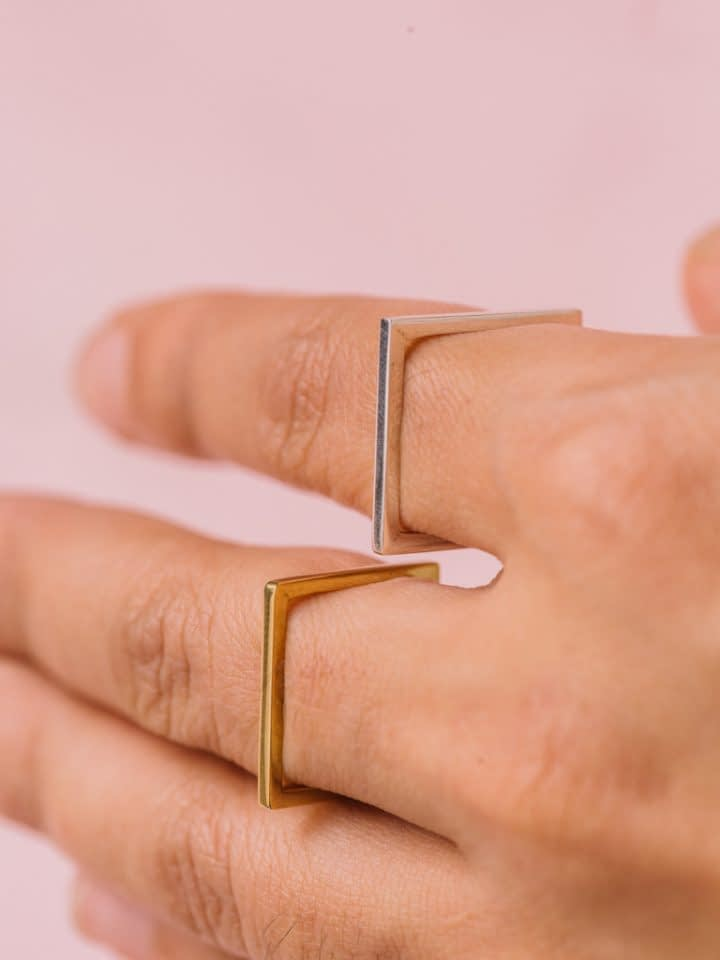 Vira Square Ring - Gold